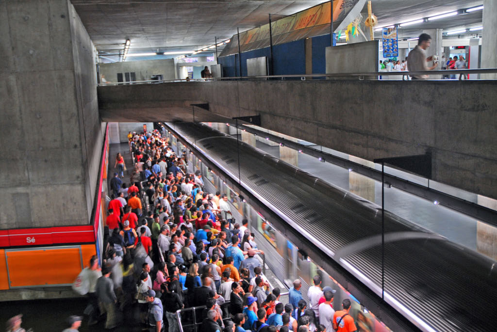 Sao Paolo: Se station, rush hour