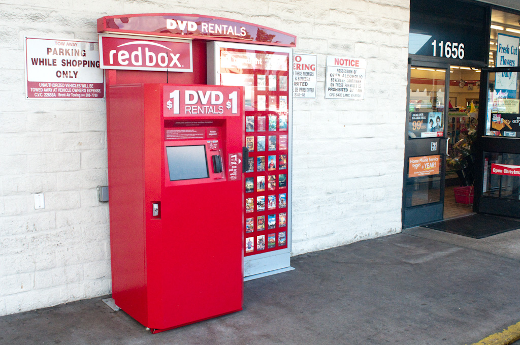 Los Angeles: redbox vending machine