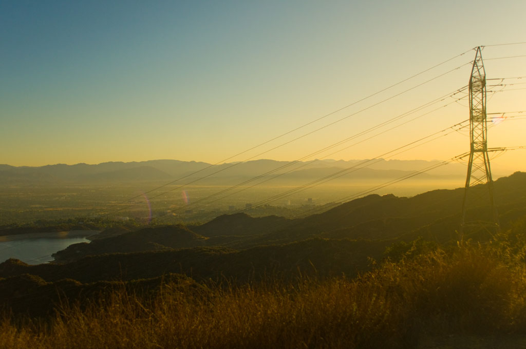 Los Angeles: commute through the national park