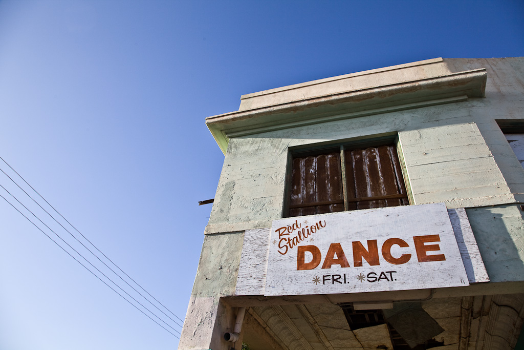 El Centro: dance hall typography