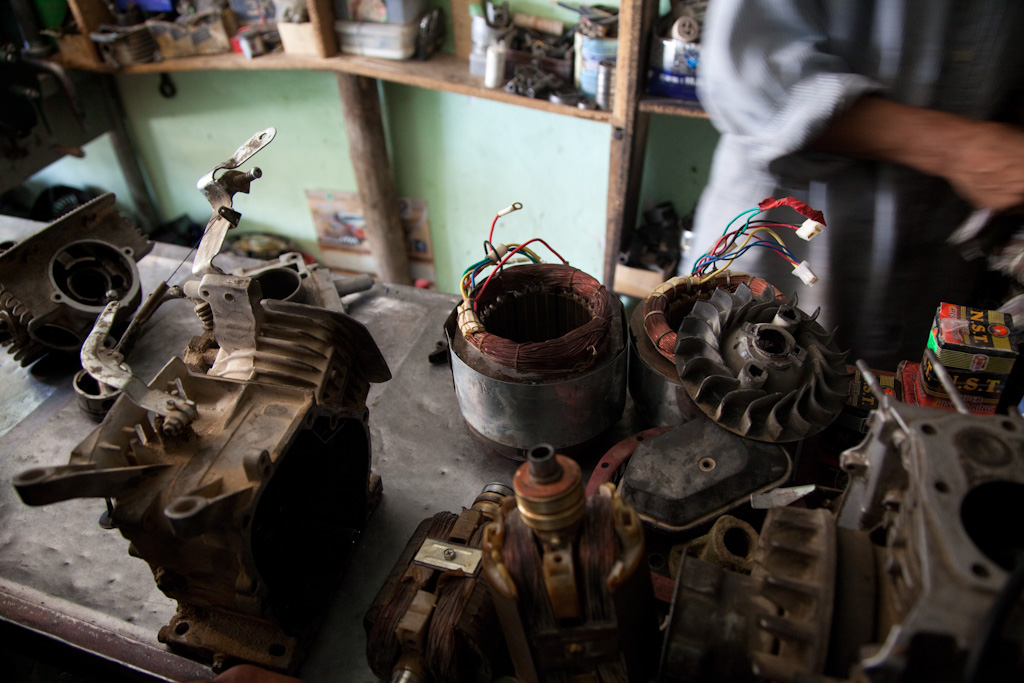 Mazar e Sharif: generator repair shop