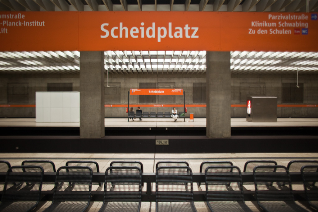 Munich: signs and depth of field