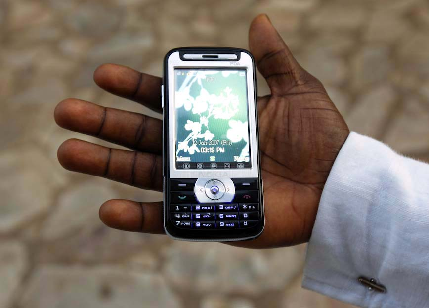 Accra: Cell Phone_1