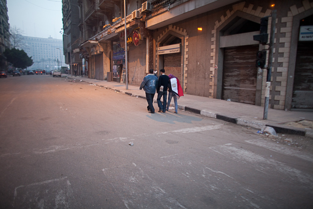 Cairo: dawn walk to the protest