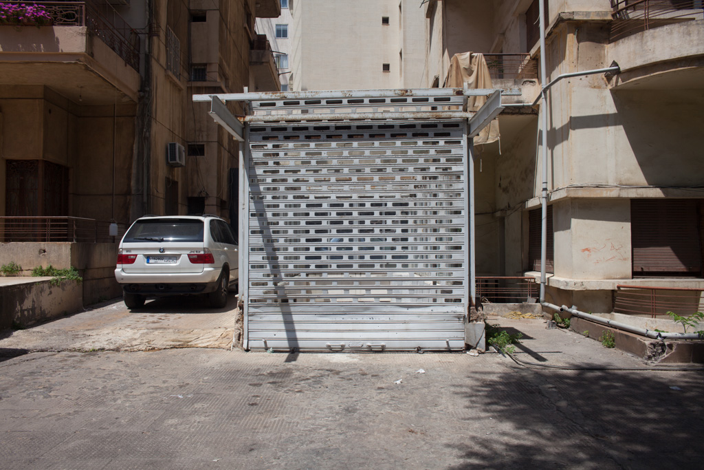 Beirut: garage entry