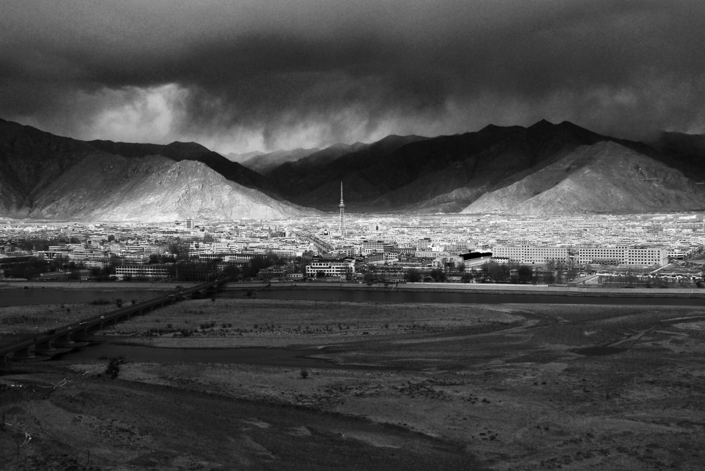 Lhasa: Light Rains