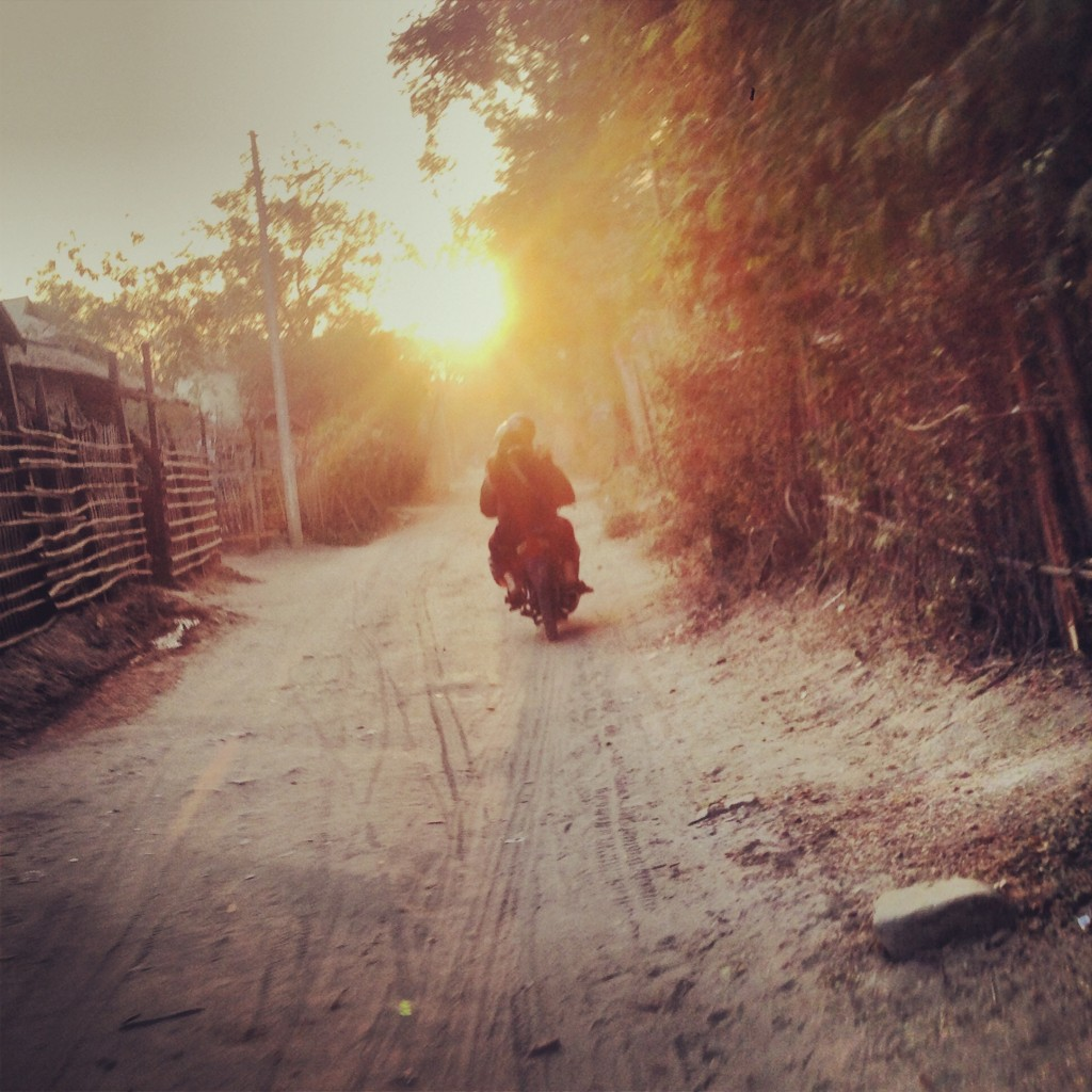 Myanmar: commute